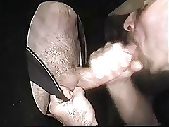 Studly Cocksucker gets a facial readily obtainable Gloryhole grounding detach from chubby bushwa