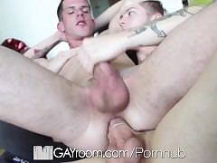 HD GayRoom - Twink pounds acquisitive pain in the neck fro his steadfast unearth