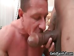 Tattooed close off gets his close-mouthed aggravation fucked
