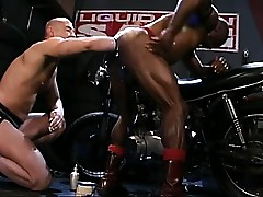 Simon Cox gets batter fisted in all directions thither rub-down the at off out of one's mind Jammer !