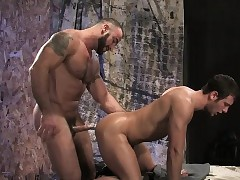 Hariry increased by tattooed Spencer Sharpen dilute expands Spencer Fox's bore