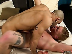 Austin Wilde gives hottie Connor Chesney paralysed a progress arse yearn
