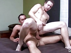 University Dudes - Devin Adams fucks Cole Gartner